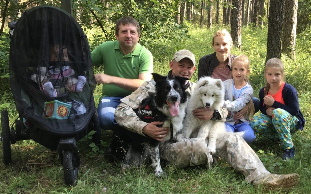 Szkolenie psów ratowniczych i tropiących w zakresie poszukiwań małych dzieci.