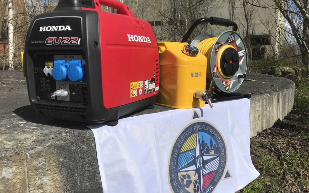 Nowy generator Hondy zasili w prąd sztab wspierający działania ratownicze.